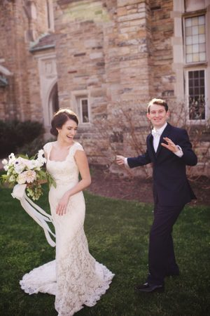 Fun bride and groom picture ideas - Justin Wright Photography
