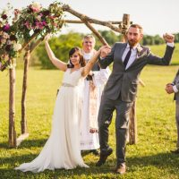 Fun wedding picture ideas - Sam Hurd Photography