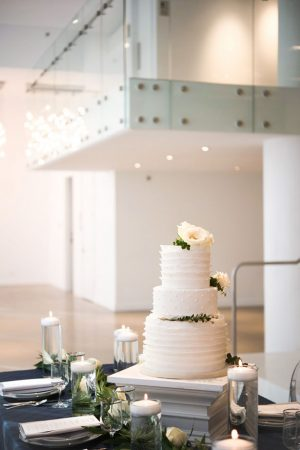 Gorgeous wedding cake - Elizabeth Nord Photography