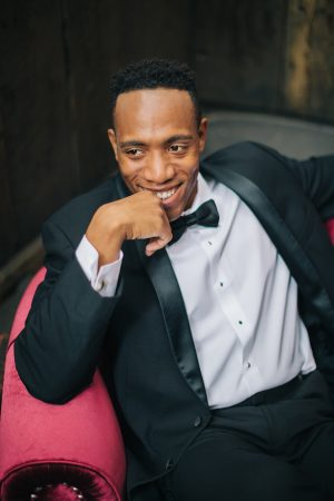Groom picture ideas - Erika Layne Photography
