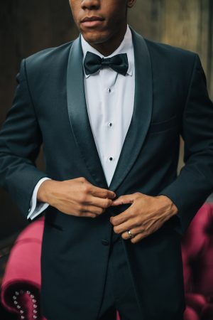 Groom tux -Erika Layne Photography
