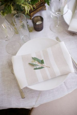Rustic wedding table-scape - Justin Wright Photography