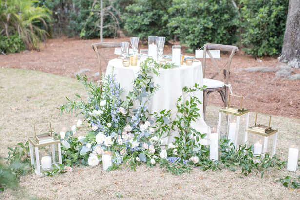 Rustic wedding tablescape - Anna Holcombe Photography