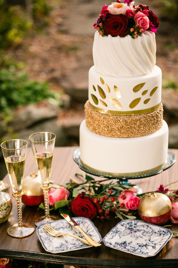 Sequins wedding cake - Cimbalik Photography
