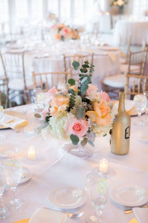 Short wedding ceterpiece - Clane Gessel Photography