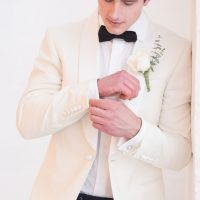 Stylish groom - Elizabeth Nord Photography