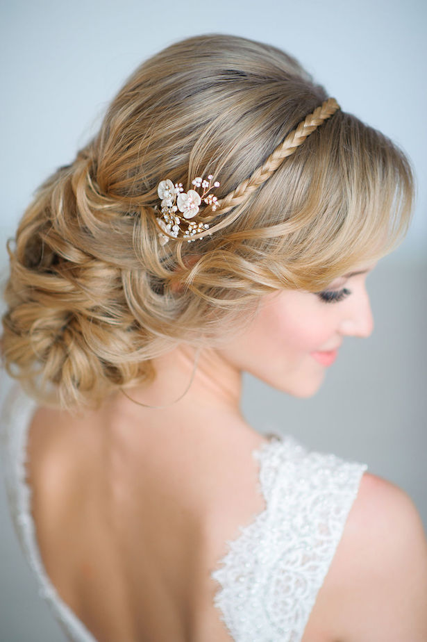 Wedding Hairstyle - via El Stile