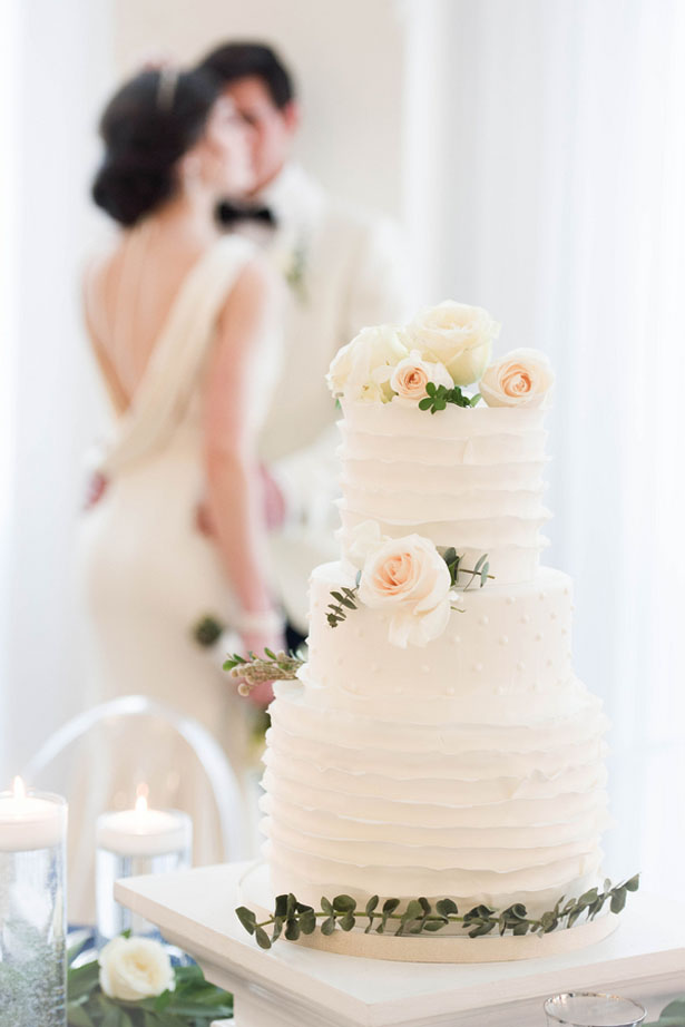 White wedding cake - Elizabeth Nord Photography
