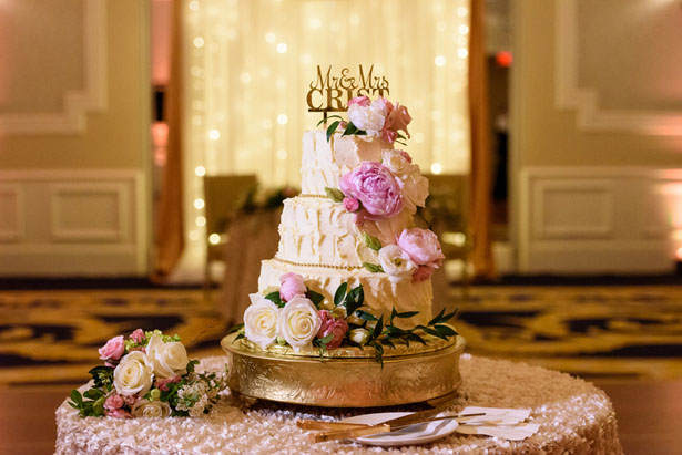 Beautiful wedding cake - Katie Whitcomb Photographers