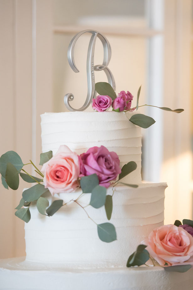 Floral wedding cake - Corner House Photography