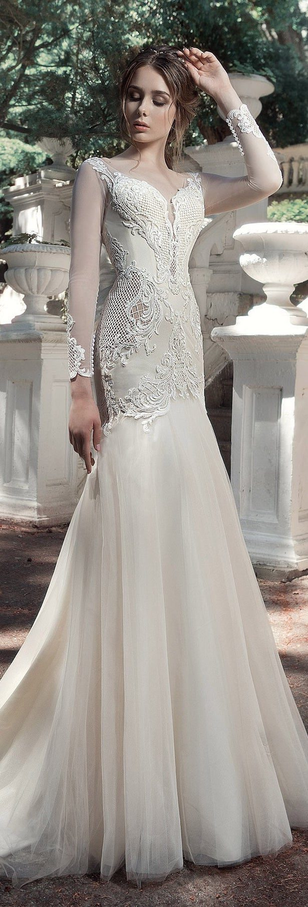 Stunning Winter Wedding Dresses - Belle The Magazine