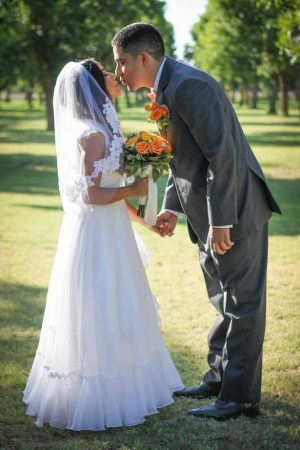 Romantic wedding photo ideas - Priscilla Concepcion Photography