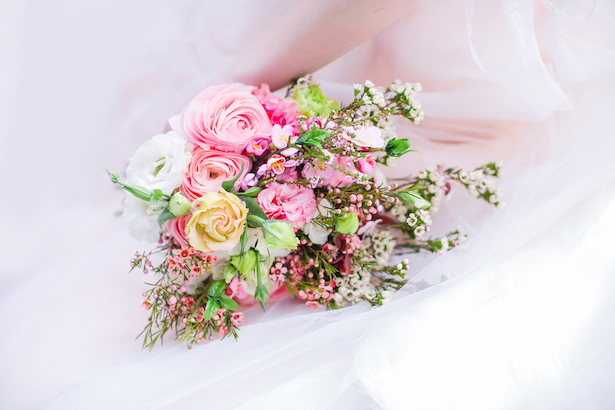 Beautiful pink wedding bouquet - Caroline Ross Photography