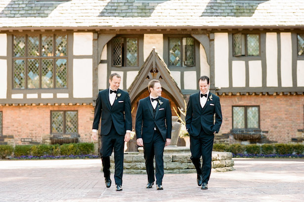 Groomsmen photo ideas - Hunter Photographic