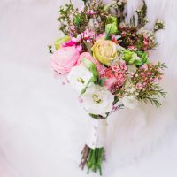 Summer wedding bouquet - Caroline Ross Photography