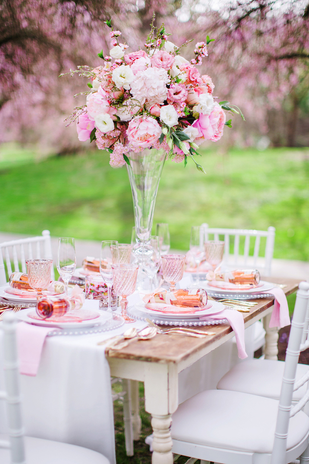 Tall and pink wedding table centerpiece - Caroline Ross Photography