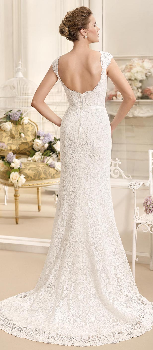 Sleeveless lace fitted Wedding Dress by Fara Sposa 2017 Bridal Collection