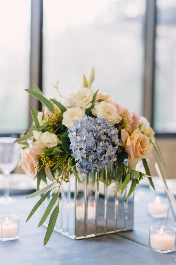 Wedding centerpiece with mirrored vase- Hunter Photographic