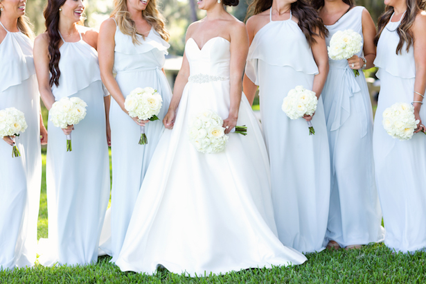 All-white wedding bouquets - Sunny Lee Photography