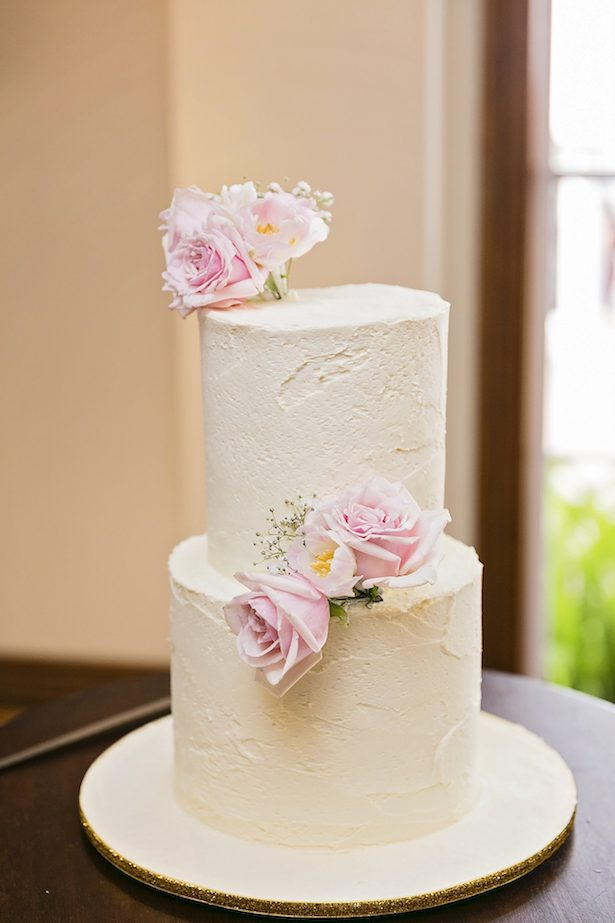 Beautiful wedding cake - Calli B Photography's
