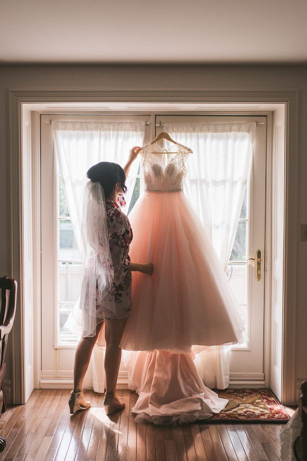 Bridal getting ready photo ideas - Manifesto Photography