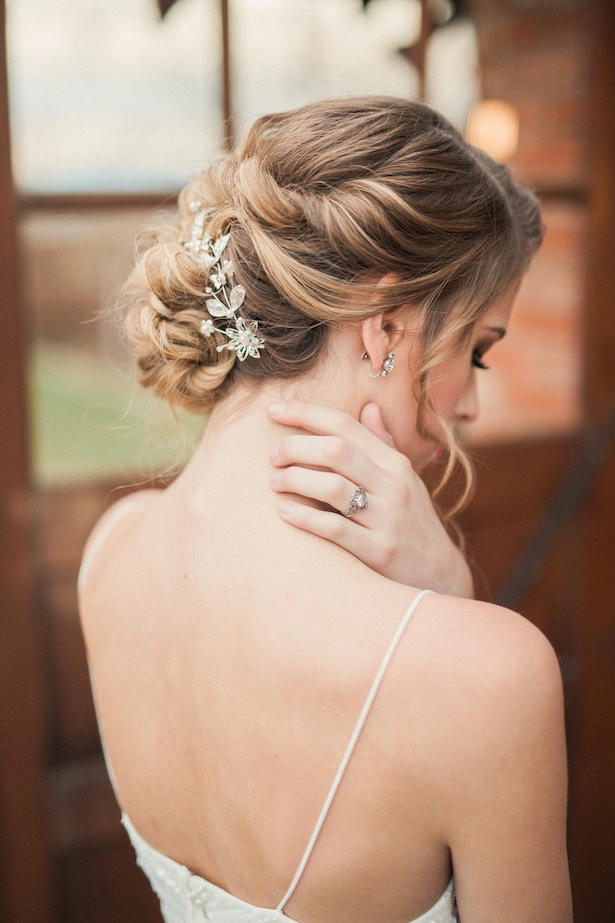 Bridal hairstyle - Gideon Photography