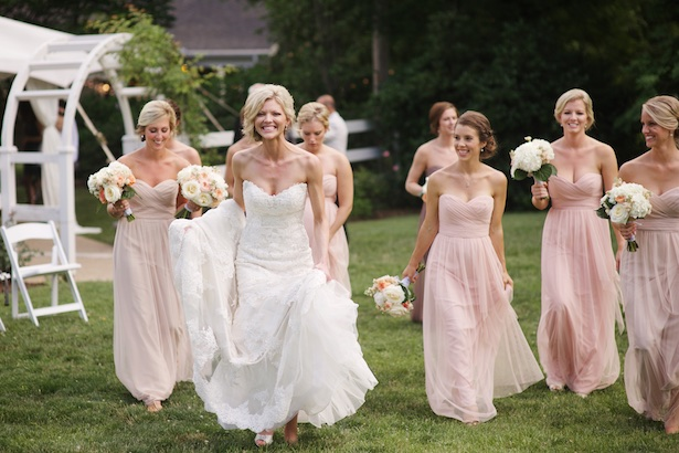 Bridal party picture ideas - Justine Wright Photography
