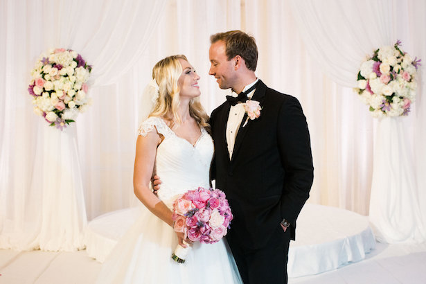 Bride and groom photos - Style and Story Photography