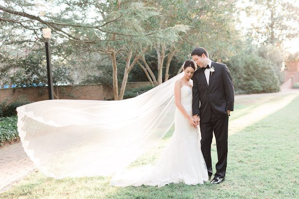 Bride and groom picture – Alicia Lacey Photography