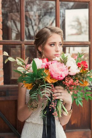 Colorful wedding bouquet - Gideon Photography