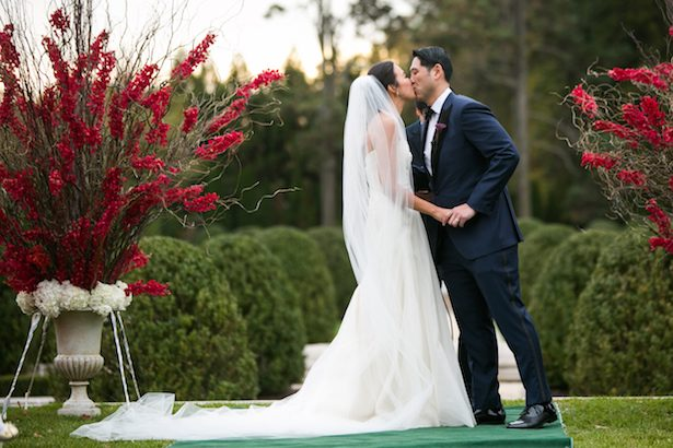 First wedding kiss - Cody Raisig Photography