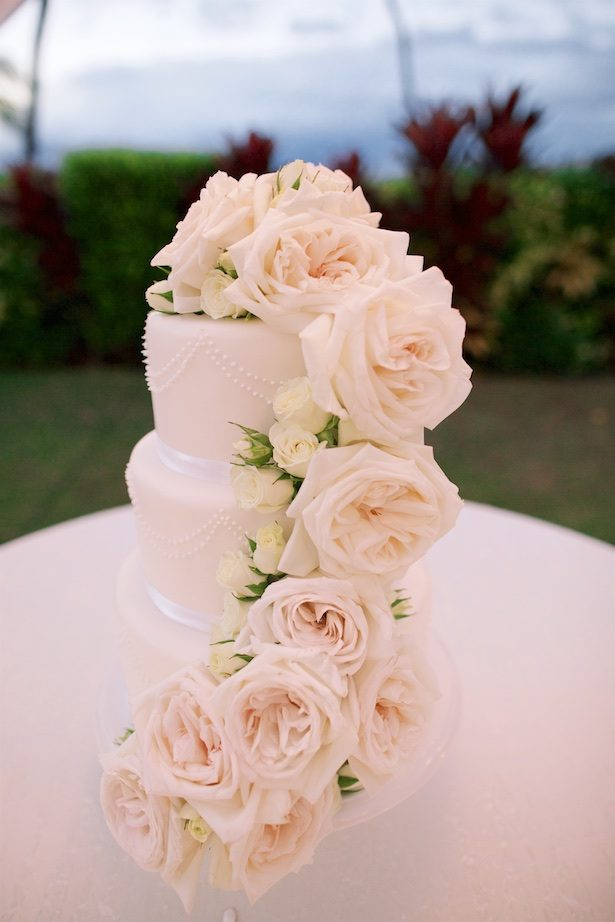 Floral wedding cake - Anna Kim Photography