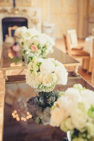White wedding centerpiece - Pierre Paris Photography