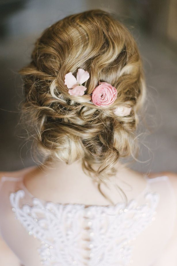 Fresh Floral-Inspired Wedding Fashion - Alicia King Photography