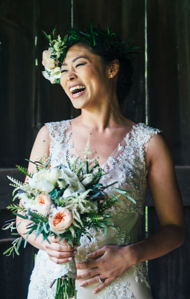 Floral appliques wedding dress - Photography: C10 Studios