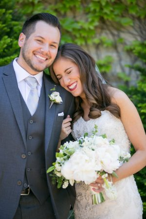 Fun bride and groom picture ideas - Erin Johnson Photography