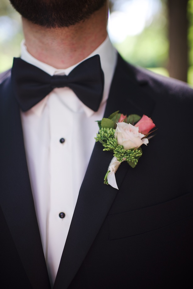 Groom boutonniere - Justine Wright Photography
