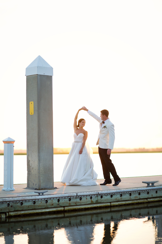Romantic wedding photo - Sunny Lee Photography