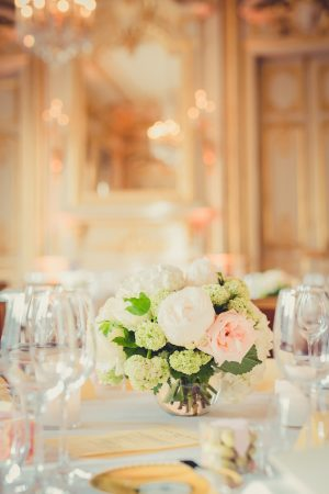Short wedding centerpiece - Pierre Paris Photography