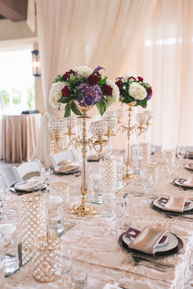 Tall wedding centerpiece - Manifesto Photography