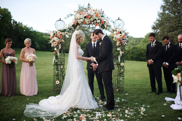 Outdoor Wedding Ceremony - Justine Wright Photography