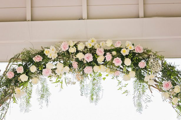 Wedding cermony flowers - Calli B Photography's