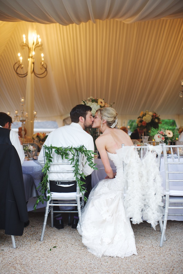 Wedding kiss - Justine Wright Photography