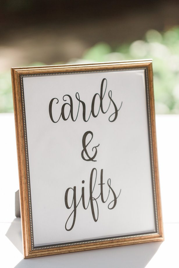 Wedding sings – Alicia Lacey Photography