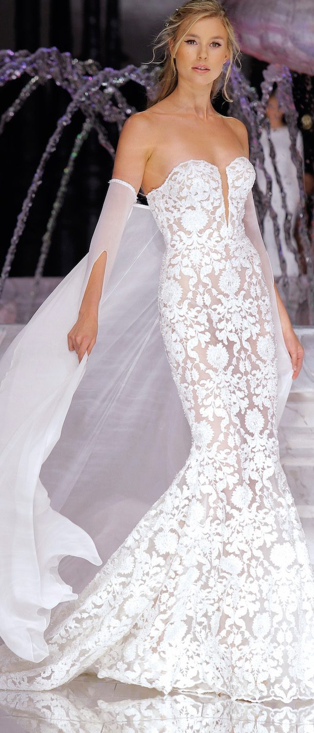 Atelier Pronovias 2018 Collection Runway Show