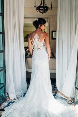 Gold and greenery wedding in puerto rico belle the magazine for Puerto rico wedding dresses