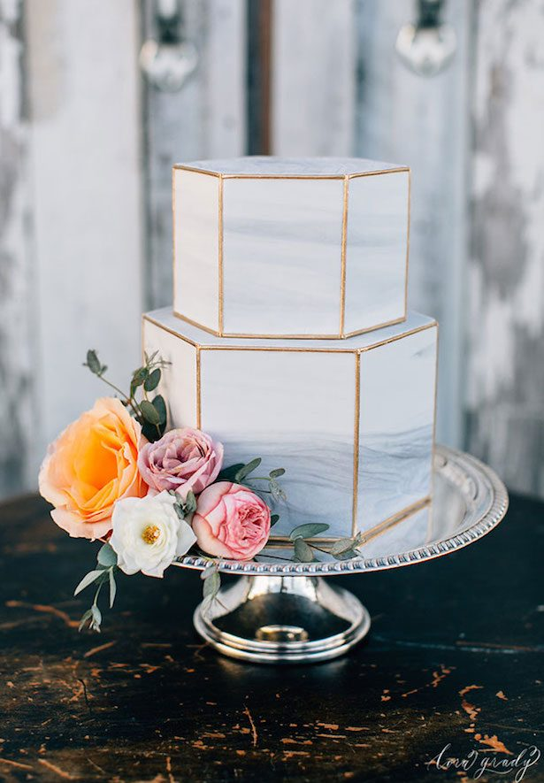 Wedding Trends : Marble Wedding Cakes