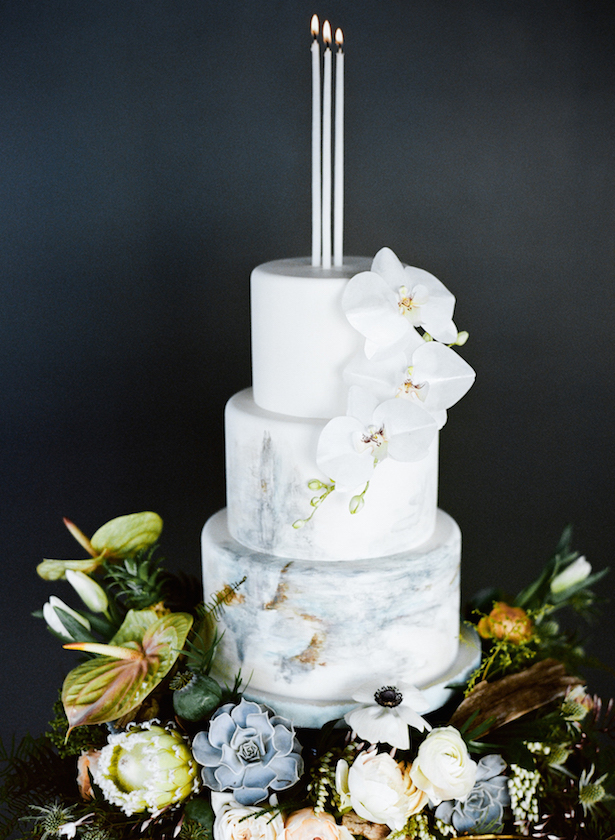 Marble Wedding Cakes - Carrie King Photographer