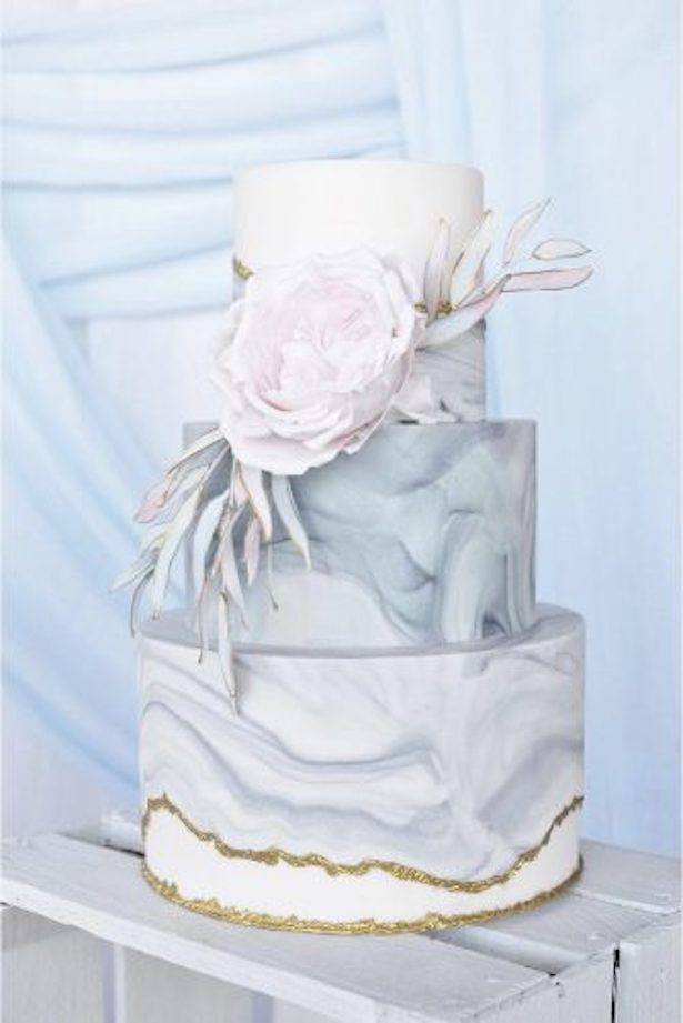 Marble Wedding Cakes - via Rustic Wedding Chic