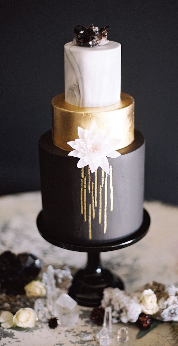 Marble Wedding Cakes - Diana Marie Photo